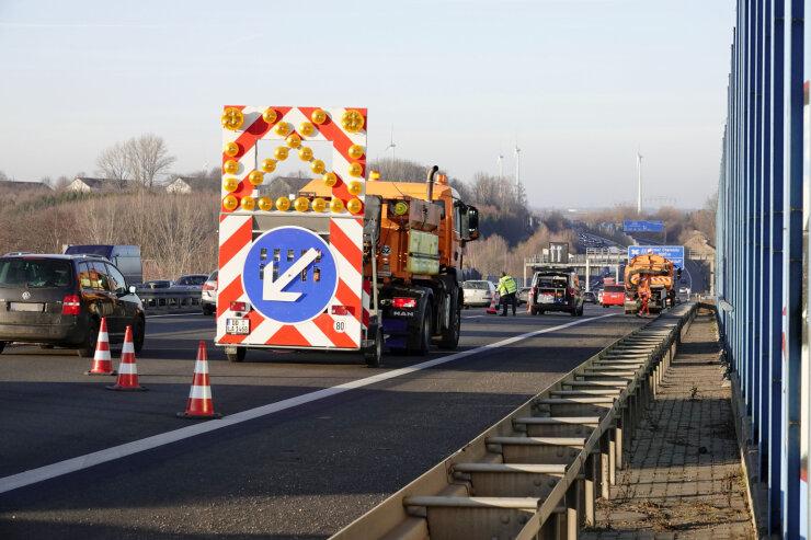Unfallserie legt Verkehr auf A72 bei Chemnitz lahm