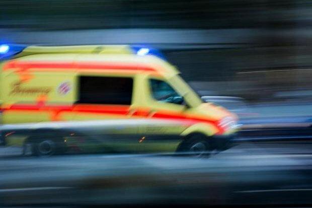 Ein Verletzter bei Unfall auf A4
