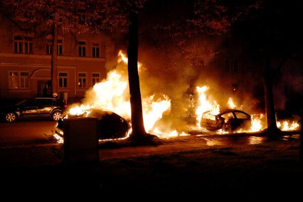 the embodiment hot skandinavier kennenlernen that the