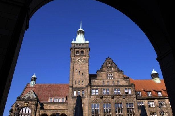 Suche nach Sozialbürgermeister in Chemnitz geht weiter - Hochschulabschluss nicht mehr zwingend | Freie Presse - Chemnitz
